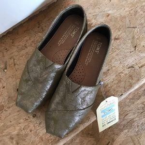 Toms shoes!!!